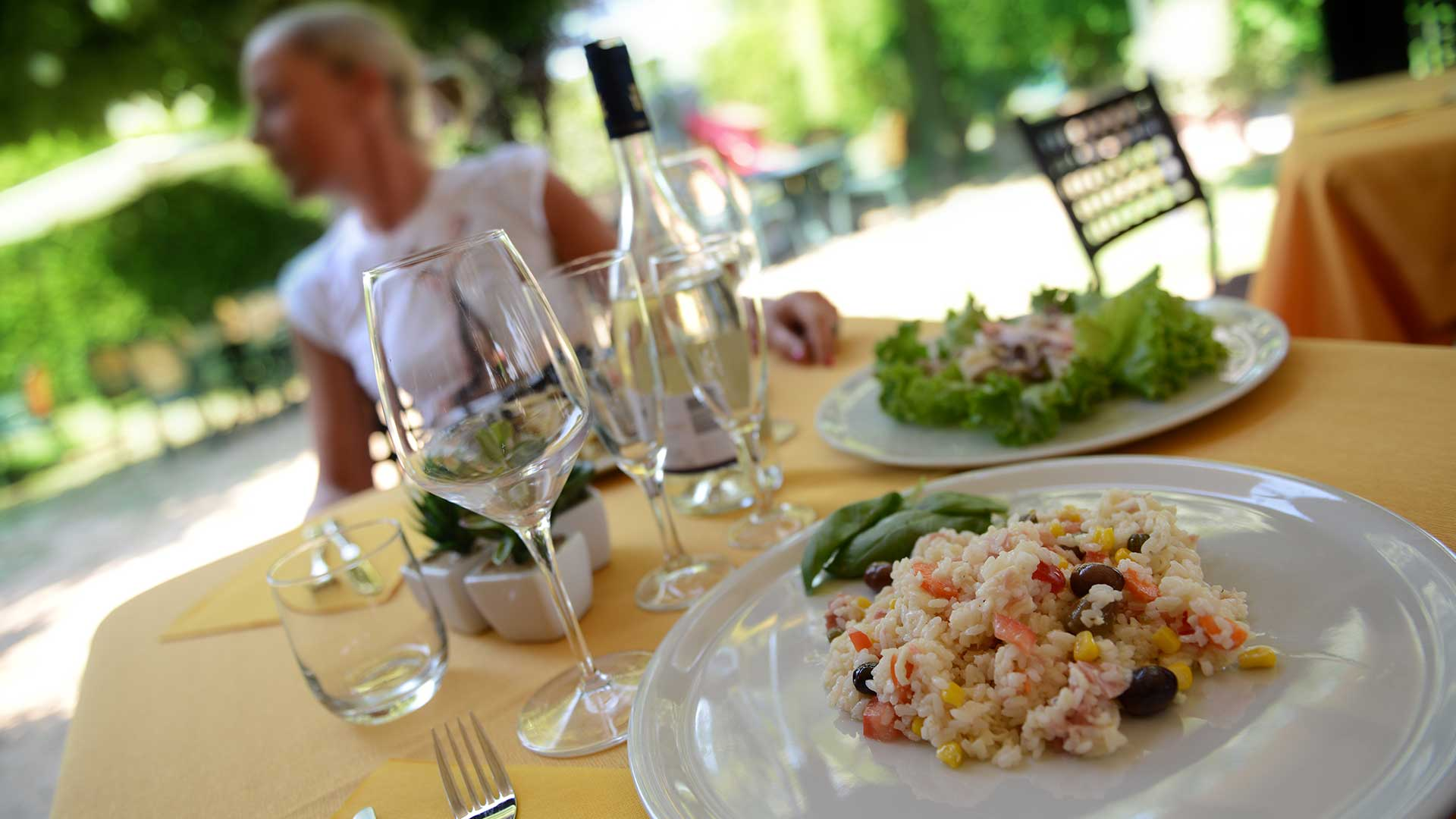 Photo offer Offer on a dinner at Il Rustichetto bed and breakfast locanda francigena lucca